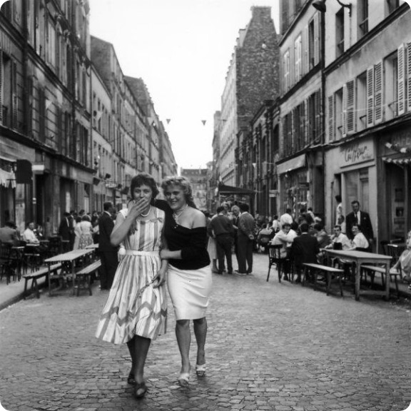 Une épaule rue de Nantes 1958  Robert Doisneau 13 juillet 2015 Atelier Robert Doisneau